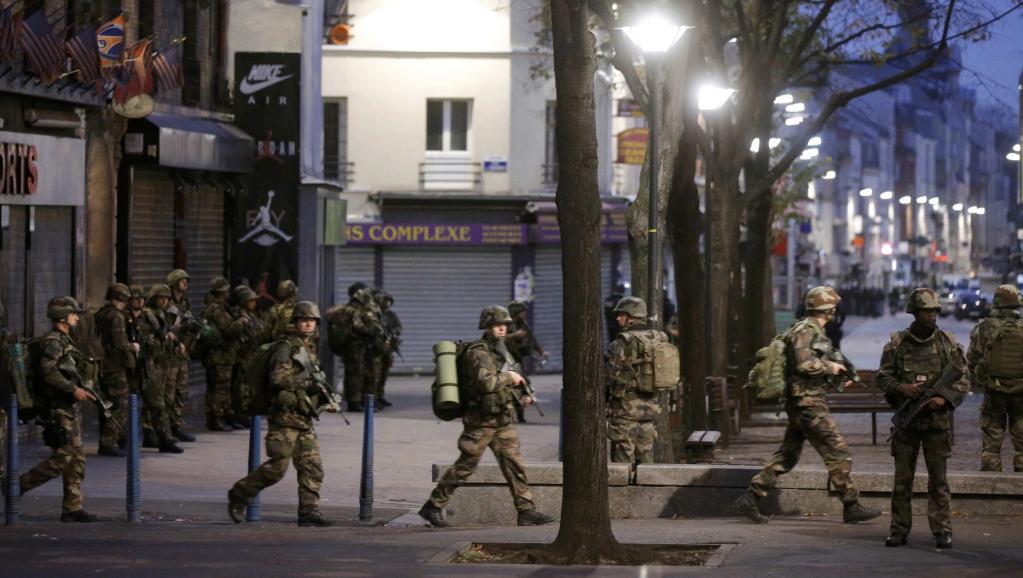 France: Après les attentats de Paris, une femme kamikaze tuée et cinq suspects arrêtés à Saint-Denis