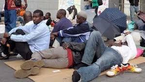 Grogne : les licenciés d'agences dissoutes en grève de la faim illimitée