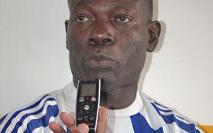"""Roger Mendy, ancien international sénégalais : """"Je ne suis pas tranquille avec cette défense"""""""