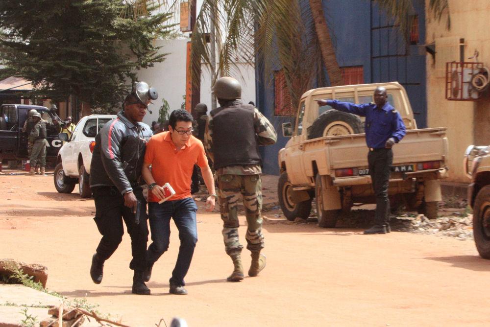 Fin de la prise d'otages à Radisson Blu : au moins 20 morts, des blessés dont des forces de l'ordre et 2 assaillants tués