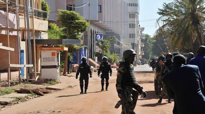 Urgent-Mali: le Front de libération du Macina affirme être à l'origine de l'attaque terroriste vendredi à Bamako contre l'hôtel Radisson