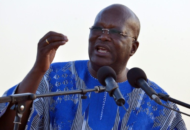 Burkina: le favori de la présidentielle promet une victoire au premier tour