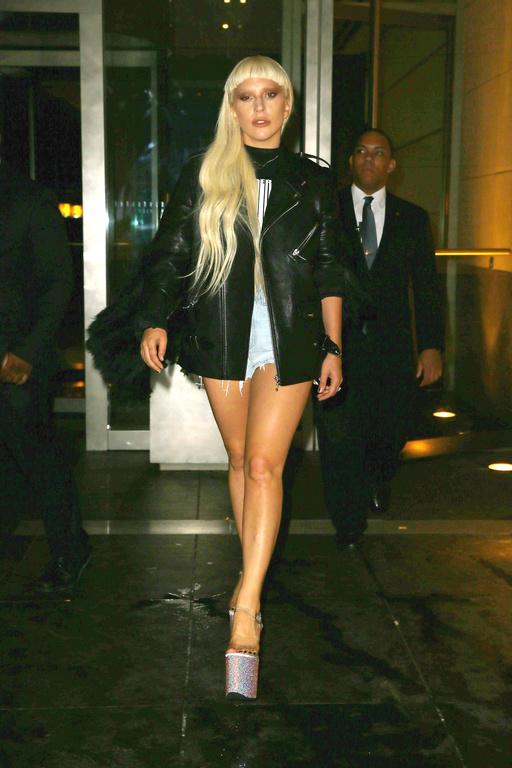 """Lady Gaga : """"Si je pouvais arrêter ma carrière maintenant, je le ferais"""""""