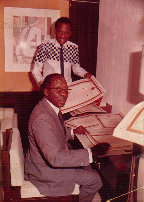 Le Président Poète Et Son Disciple Amadou Lamine Sall En
