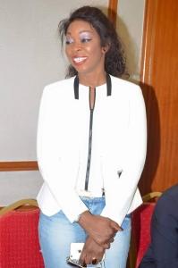 Quand Aby Ndour communique à travers ses habits blancs