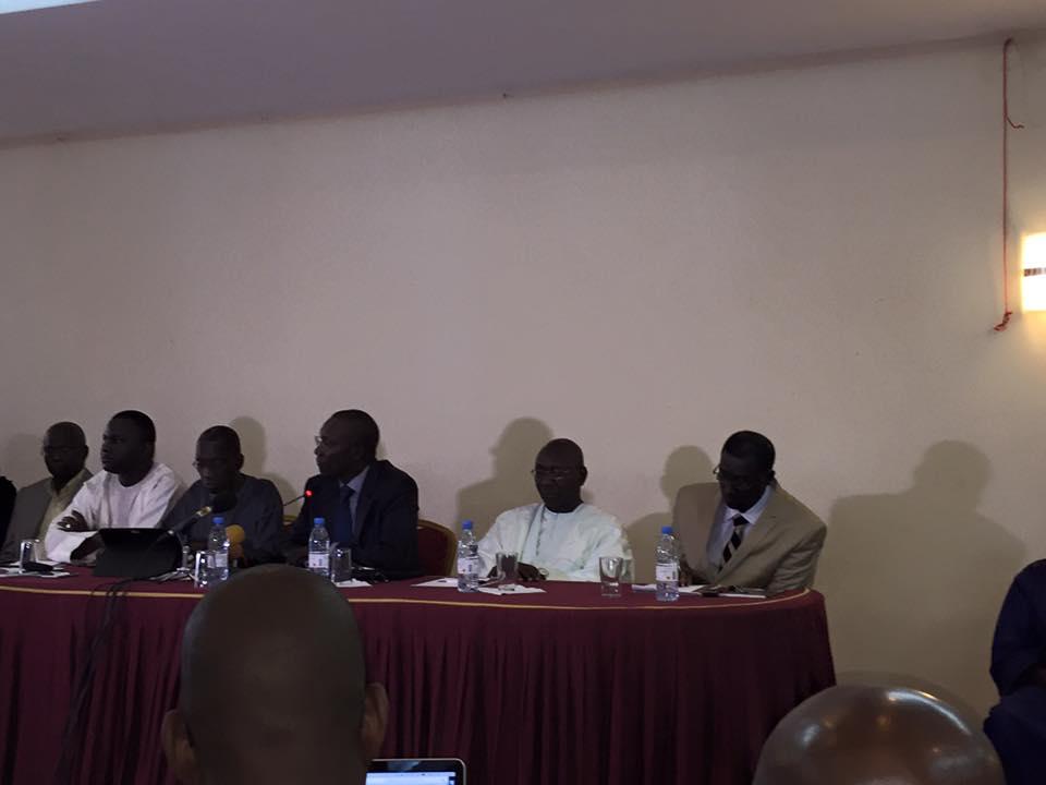 """""""Macky Sall est derrière cette arrestation d'Omar Sarr (...) A travers ce communiqué, Omar Sarr ne s'est pas attaqué au Président de la République..."""", dixit Me Amadou Sall"""