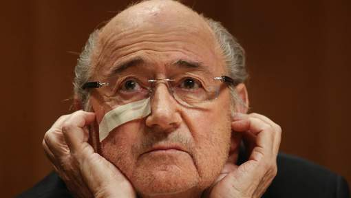 "Blatter clame son innocence : ""On se sert de moi comme un punching ball"""