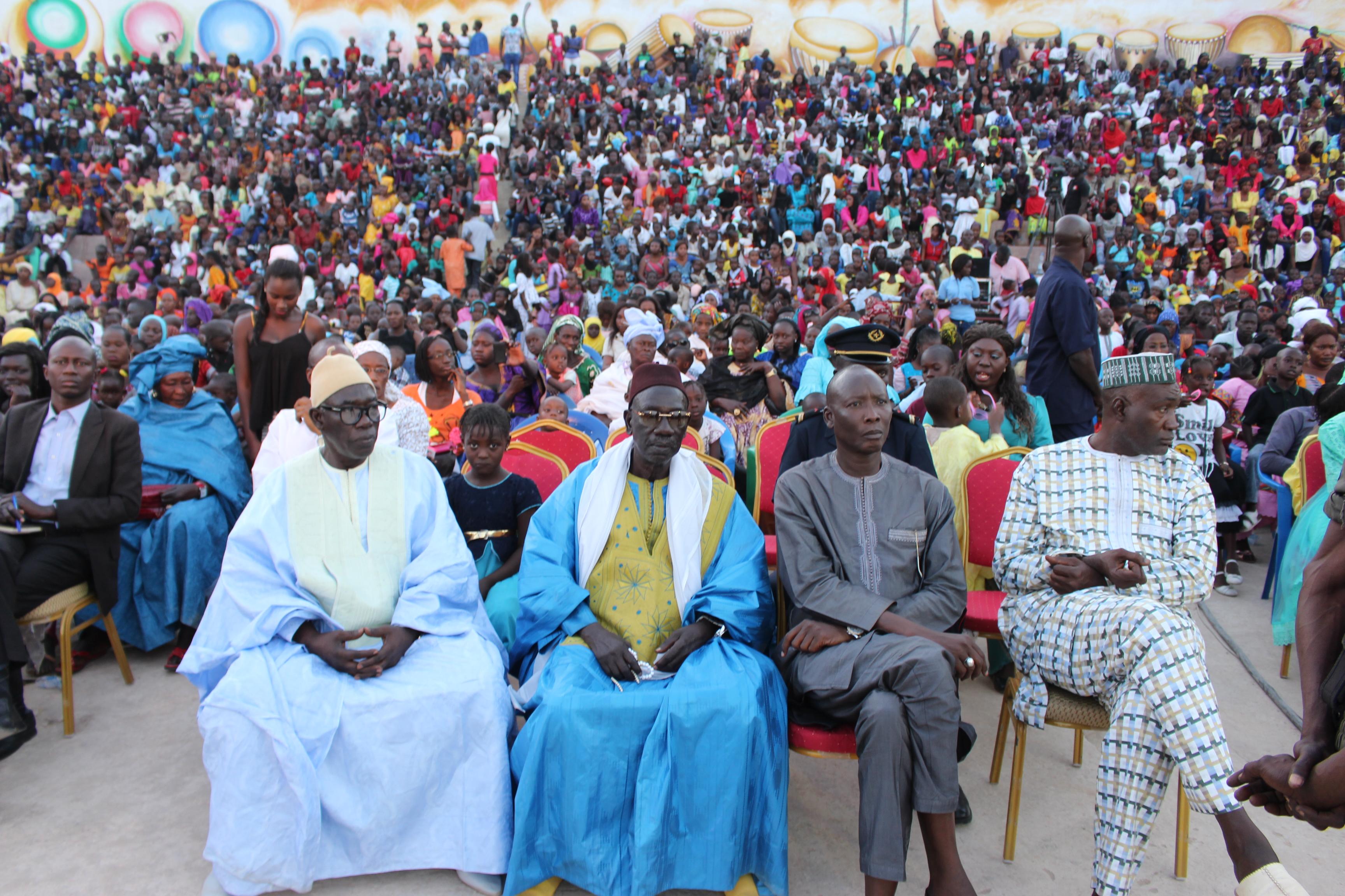 Kaolack: Yaye Fatou Diagne Mboup donne le sourire à 2500 Enfants (Images)