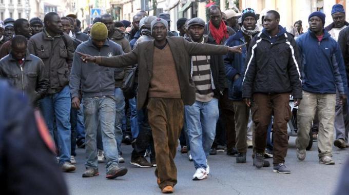Gênes en Italie : Des « modou modou » s'opposent à l'arrestation de leur compatriote accusé de trafic de drogue