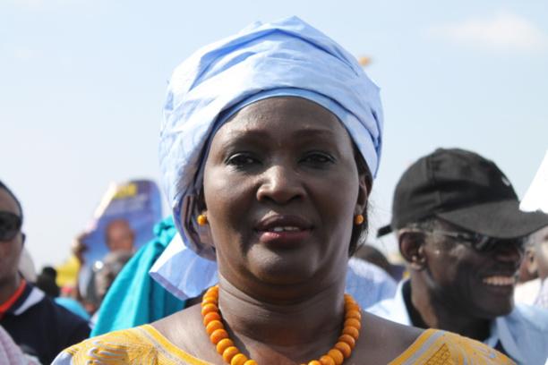 Ngoné Ndoye sort du silence au sujet de l'histoire des 2,5 milliards F Cfa avec Me Wade