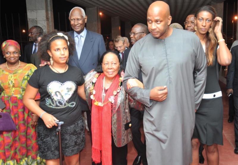 Abdou Diouf reçoit sa famille au complet