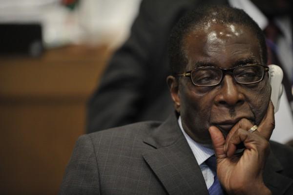 Rumeurs sur la mort du Président Mugabé en Asie : Juste « pour se faire de l'argent sale » (officiel)