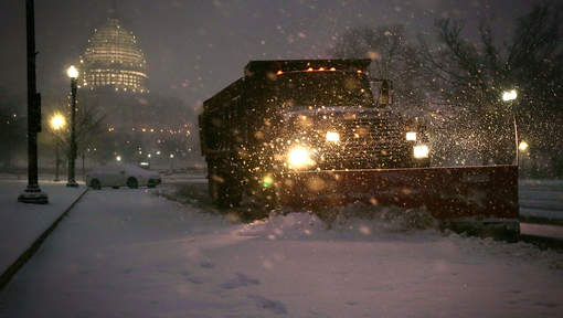 """Une tempête de neige """"meurtrière"""" s'abat sur Washington"""