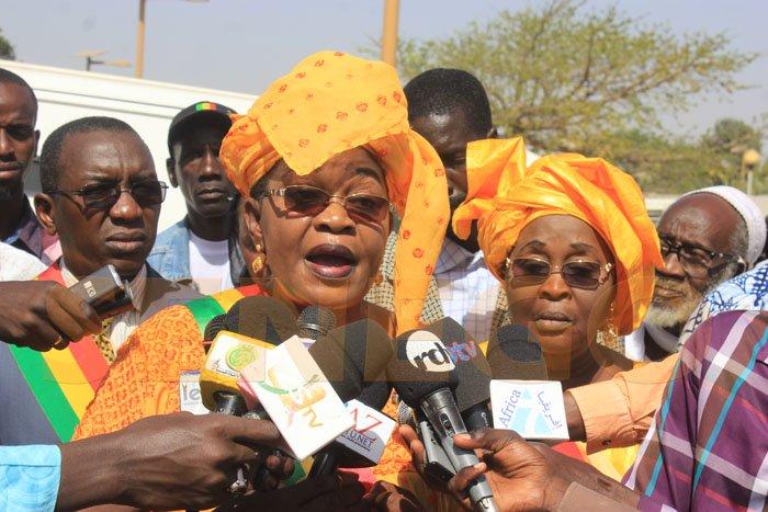 """Aïda Mbodj lessive Moustapha Diakhaté: """" Ses grossièretés sont symptomatiques de sa véritable personnalité..."""""""