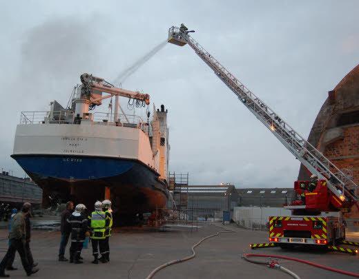 Port de Dakar:  3 morts dans l'incendie d'un navire chinois