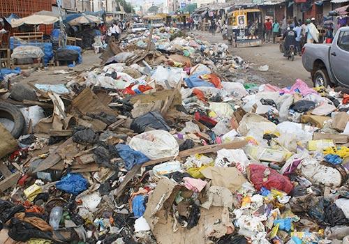 L'insalubrité tue plus que le paludisme en Afrique, selon le Major Alla Ngom