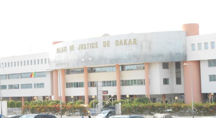 Escroquerie: Amadou Ba demandait à son frère de 16 ans de voler les chèques de son patron