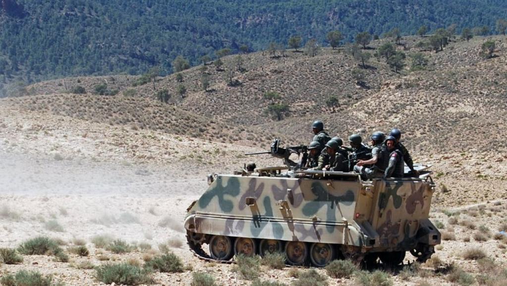 Tunisie : 5 hommes armés abattus par des militaires près de la frontière libyenne