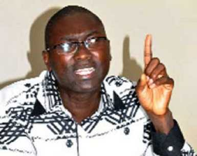"""Ismaël Madior Fall : """"Si le non l'emporte, le Sénégal va rater une occasion formidable d'approfondir sa démocratie"""""""