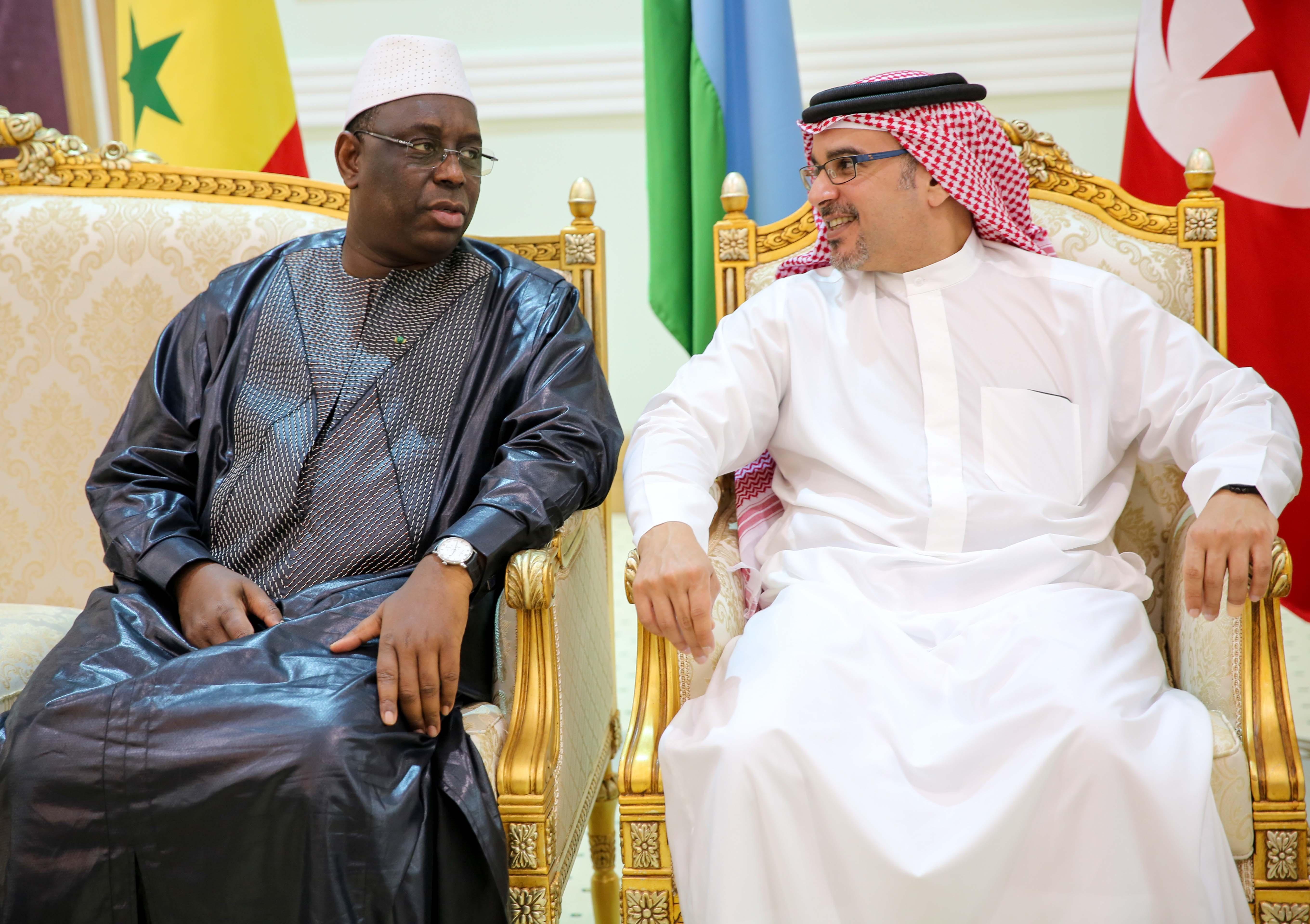 """Arabie Saoudite: Macky Sall à la cérémonie de clôture des manœuvres """"Tonnerre du nord"""" (images)"""