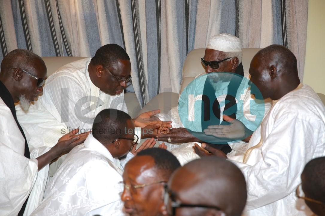Pour un référendum apaisé:  Macky Sall sollicite les prières de Touba