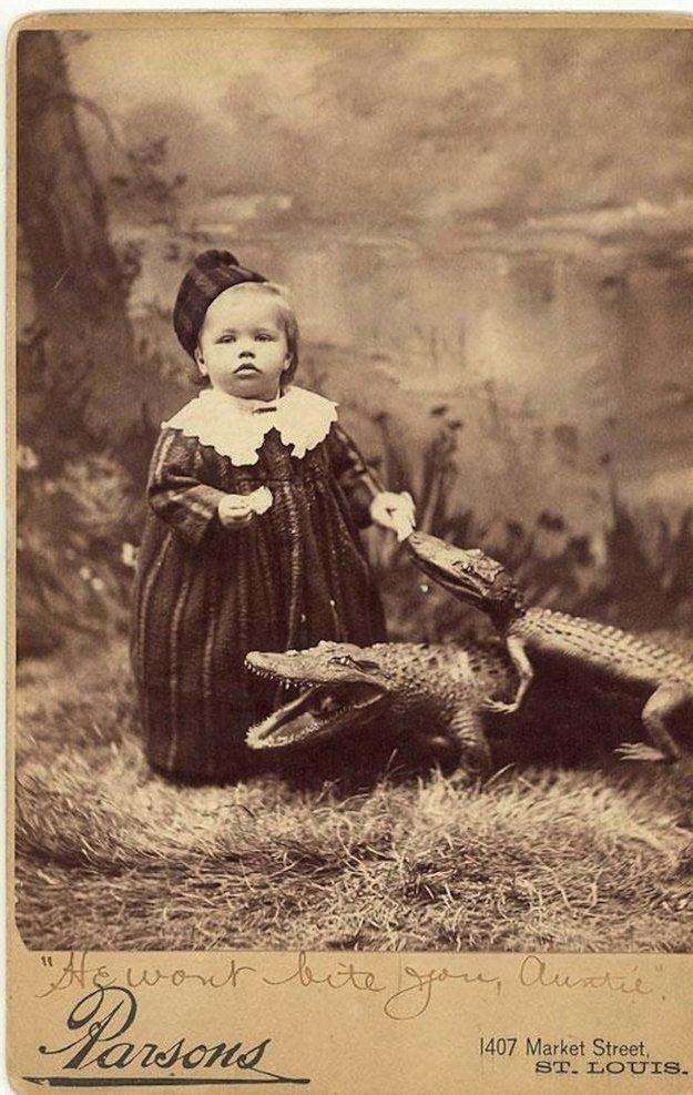 23 photos flippantes et historiques en noir et blanc qui vont vous mettre terriblement mal à l'aise