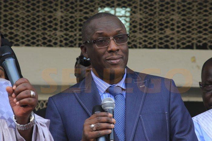Meeting du camp du Oui à Ndioum : Cheikh Oumar Anne essuie des jets de pierres et accuse Amadou Kane Diallo