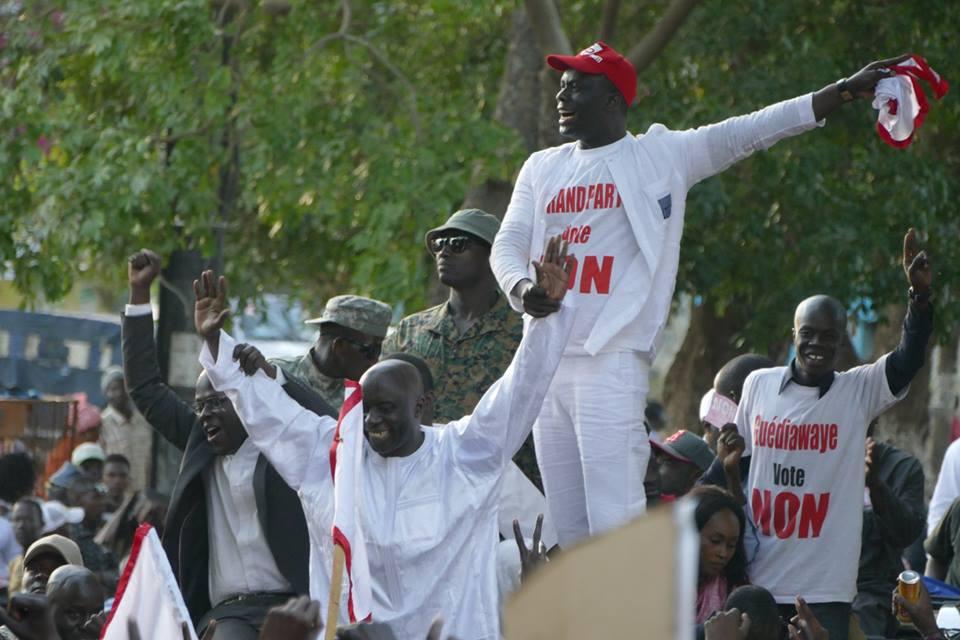 """Référendum : Idrissa Seck accuse les ouiistes d'avoir versé du """"safara"""" dans les centres de vote de Thiès"""