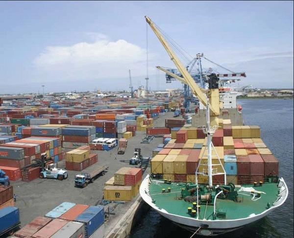Commerce : Les exportations hausse de 6,4% en 2014