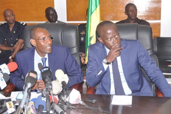 """Yaxam Mbaye : """"Sidy Lamine Niass est un orfèvre en contre-vérités; Idrissa Seck s'acharne sur les autres en occultant ses tares et faiblesses (...)"""