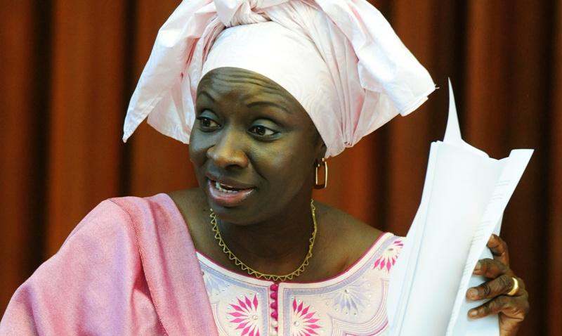 Envoyée spéciale du président de la République : Mimi Touré rame à contre courant