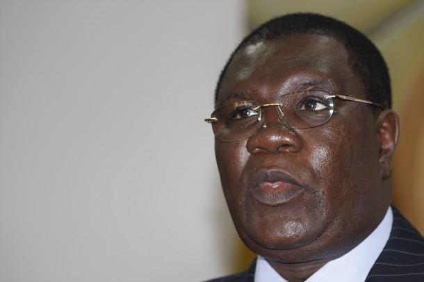 """Marché des passeports numérisés : Ce """"scandale"""" qui interpelle le très """"clean"""" Me Ousmane Ngom"""