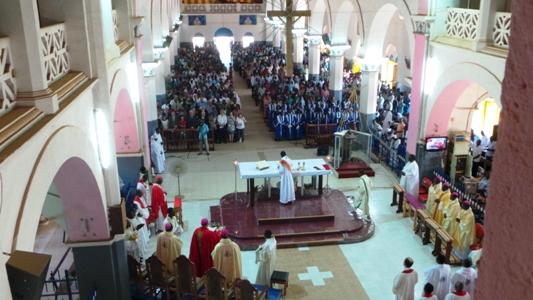 Psychose terroriste: Un Sénégalais sème la panique dans une église en Italie.