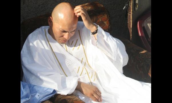 """Du fond de sa cellule, Karim Wade peut passer la journée de ce dimanche à dire """"amen"""" : les femmes du Pds sont en mode de récital de Coran, en sa faveur"""