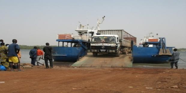 Blocus de la transgambienne : Les commerçants et transporteurs du Sénégal/Dakar-Banjul réclament la réouverture des frontières