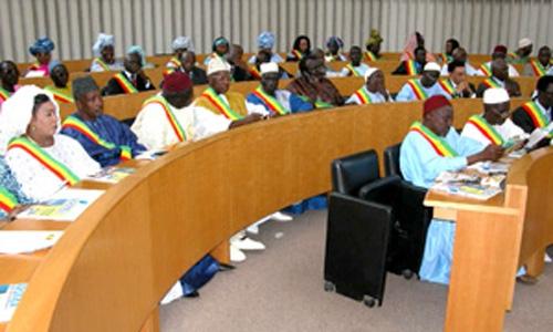 Difficultés financières entre l'Assemblée Nationale et sa société d'assurance: les 4X4 des députés immobilisés