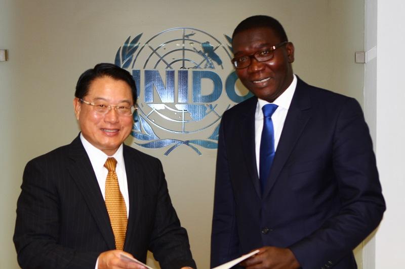 L'ambassadeur du Sénégal en Allemagne SEM El Hadji Abdoul Aziz Ndiaye décéde à Berlin