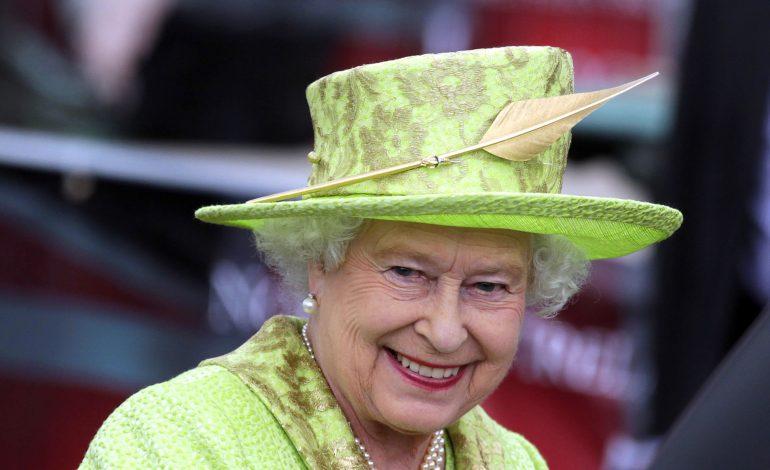 Buckingham Palace cherche un Community Manager à 41.325.290 FCfa pour gérer les comptes de la reine Elizabeth II