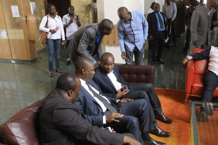 Photos-Décès de Papa Wemba: arrivée de l'épouse du musicien à Abidjan