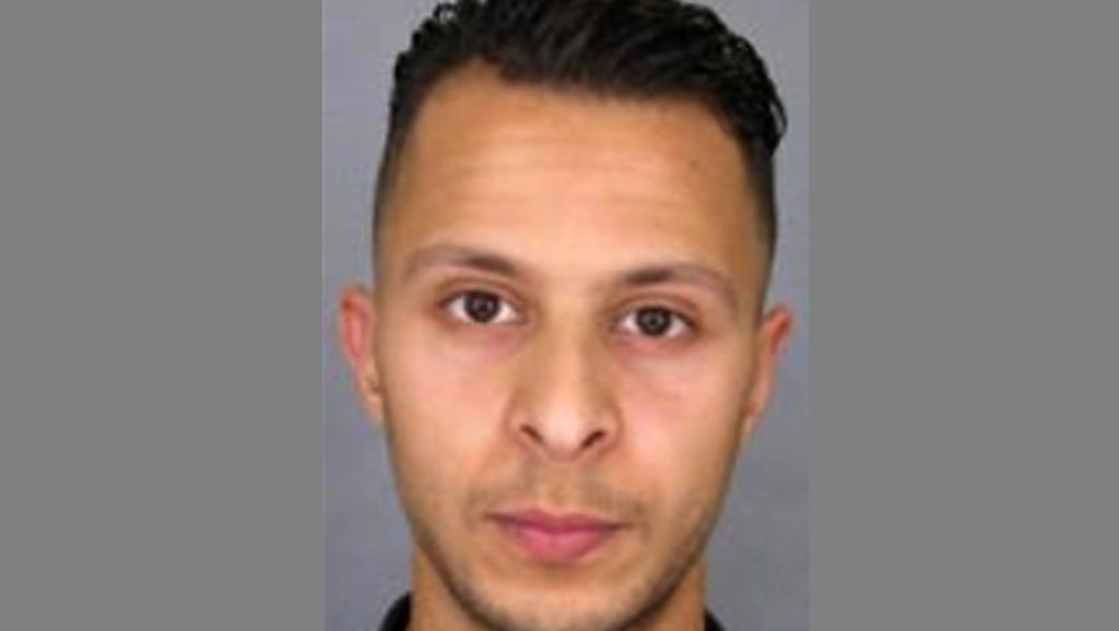 Attentats de Paris: Salah Abdeslam transféré en France