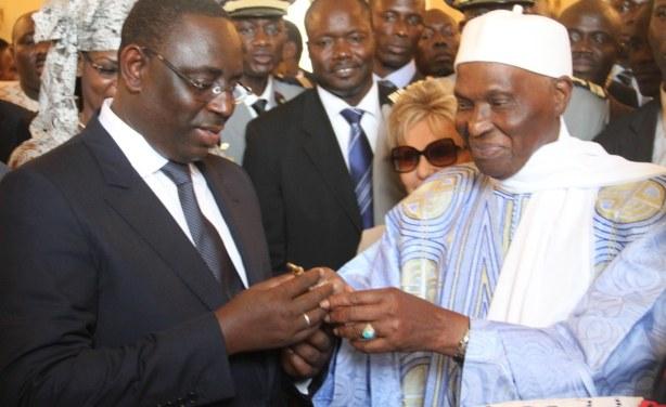 Dégel : Me Abdoulaye Wade très touché par les témoignages du Président Macky Sall