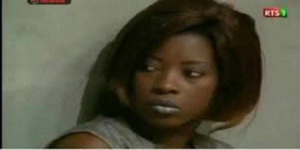 Ndèye Khady Sy sur la vidéo qui circule à propos de sa guérison : «Cette vidéo date de 2 ans. Ce sont des Nigérians qui m'ont piégée pour vendre leurs produits. Je suis choquée»