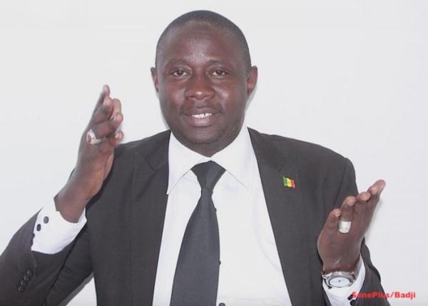 """Abdoulaye Khouma à l'ancien Premier ministre : """"Mimi fait hors-jeu, l'enjeu se trouve à Grand-Yoff"""""""