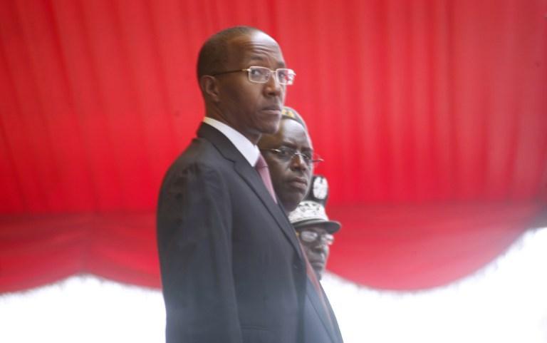"""Prétention présidentielle : Quand les tenants du pouvoir """"disqualifient"""" Abdoul Mbaye à cause de sa binationalité"""