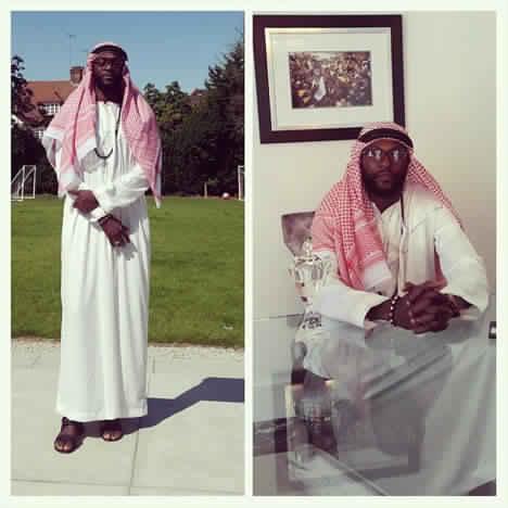 """Emmanuel Adebayor, la star de foot de Tottenham : """"Jésus m'a guidé vers l'islam"""""""