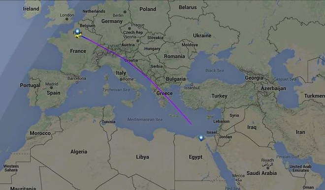 Urgent: Un vol EgyptAir Paris-Le Caire disparaît avec 66 personnes...