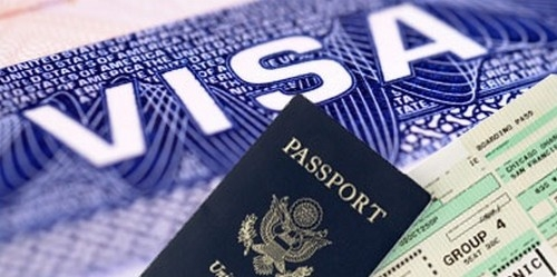 Escroquerie au visa : Il encaisse l'argent de son client et va se réfugier en France