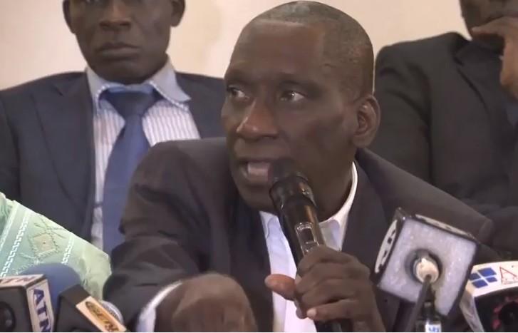 """Mamadou Diop Decroix: """"La République au Sénégal est à terre"""""""