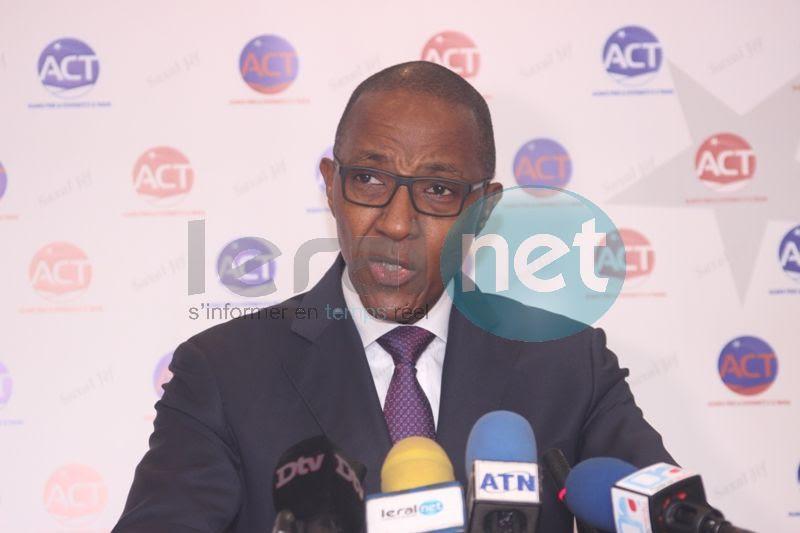 """Abdoul Mbaye répond à ses détracteurs : """"Nous ne laisserons pas de répit à ceux qui ont trompé les Sénégalais..."""""""