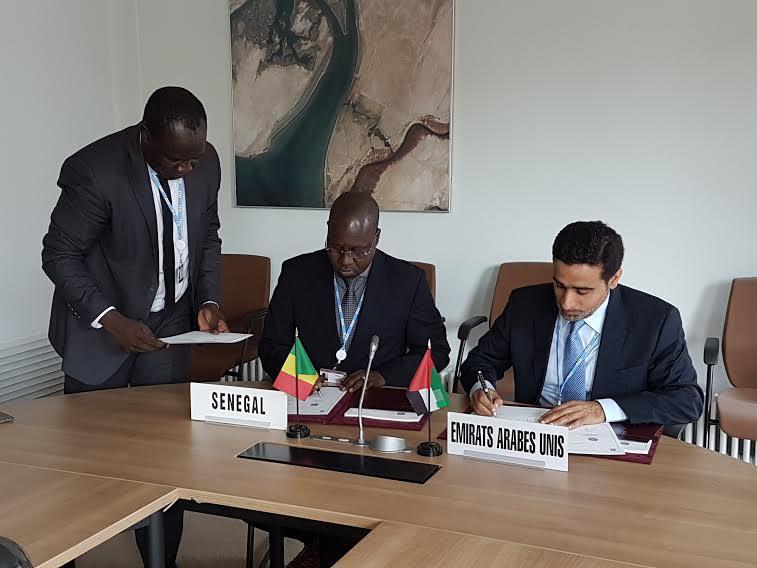 Signature d'un accord de coopération entre l'ARTP et la TRA (Autorité de régulation des Emirats Arabes unis)